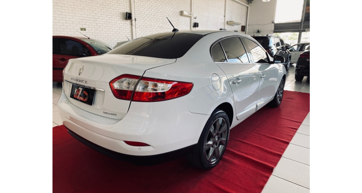 FLUENCE Sedan Privilège 2.0 16V FLEX Aut