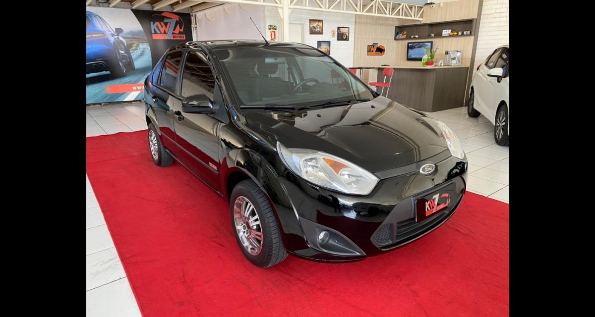 Fiesta Sedan SE 1.6 8V Flex 4p