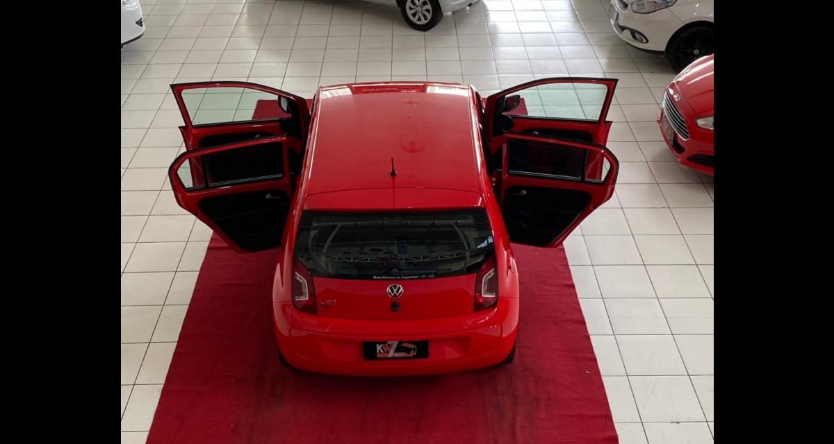 up! black/white/red 1.0 T. Flex 12V 5p